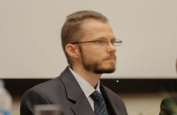 Dr. Zachar Viktor